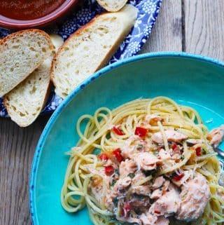 , Spaghetti with Hot Smoked Salmon, Chilli and White Wine