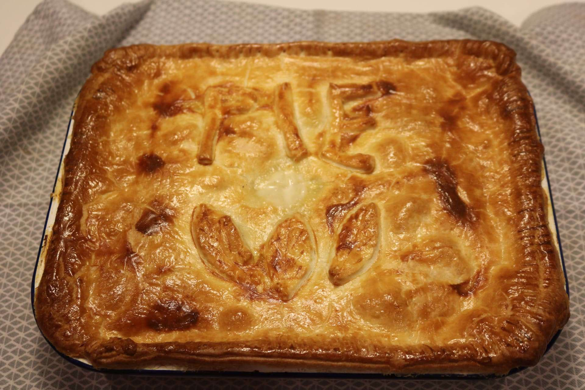 Creamy Chicken, Gammon and Leek Pie, Creamy Chicken, Gammon and Leek Pie
