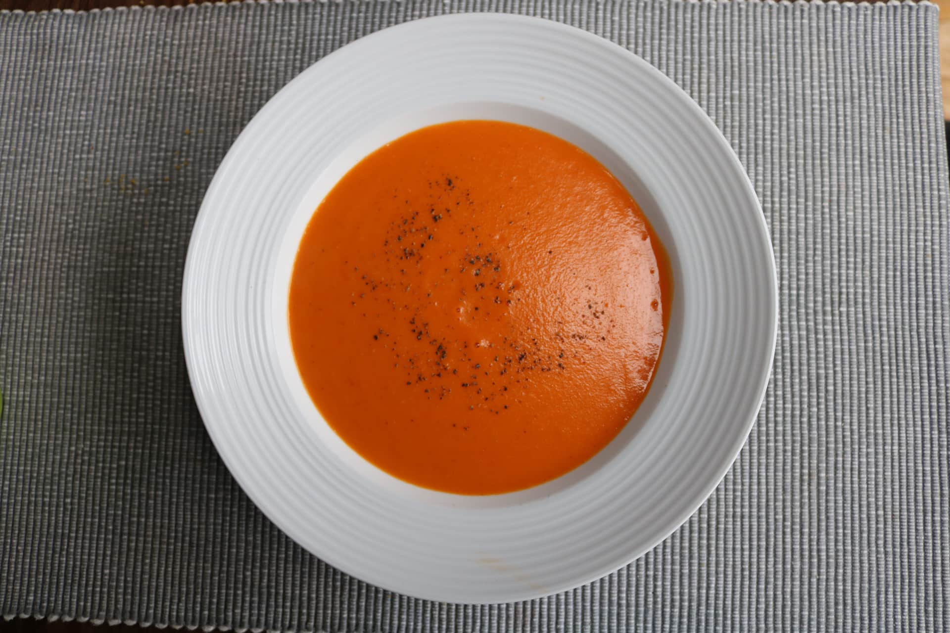 Red Pepper and Tomato Soup (Thermomix - TM6 only), Red Pepper and Tomato Soup (Thermomix - TM6 only)