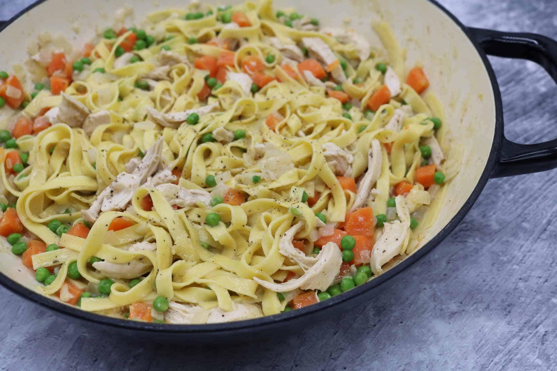 Creamy Chicken and Vegetable Tagliatelle, Creamy Chicken and Vegetable Tagliatelle