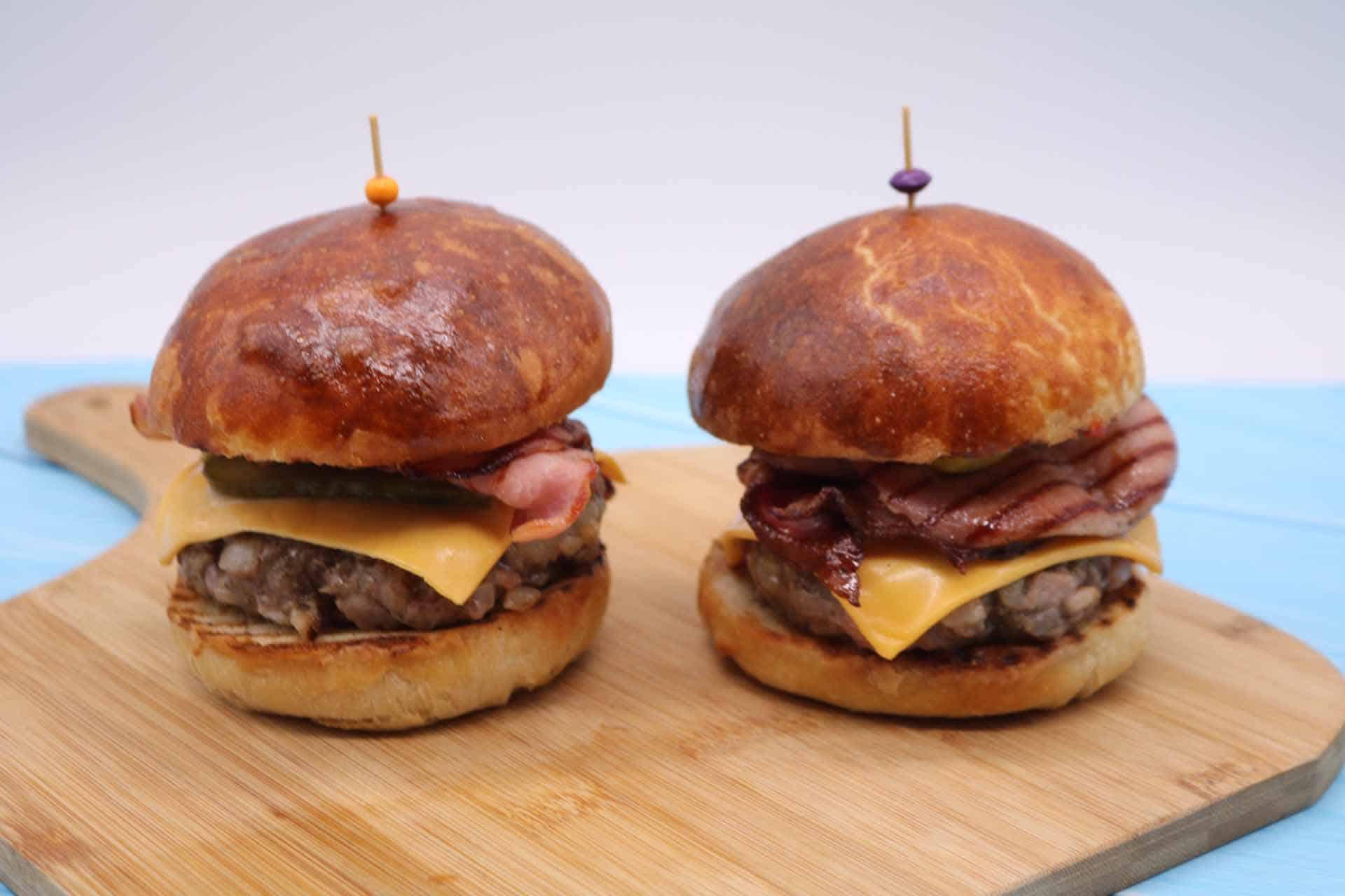 Steak and Bacon Burger, Steak and Bacon Burger