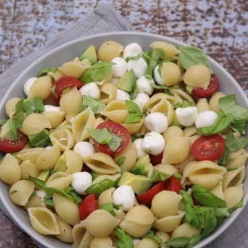 Caprese Pasta Salad, Caprese Pasta Salad